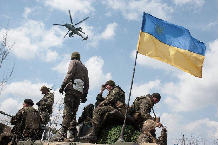 Строковики vs найманці Який принцип комплектування війська потрібен Україні.
