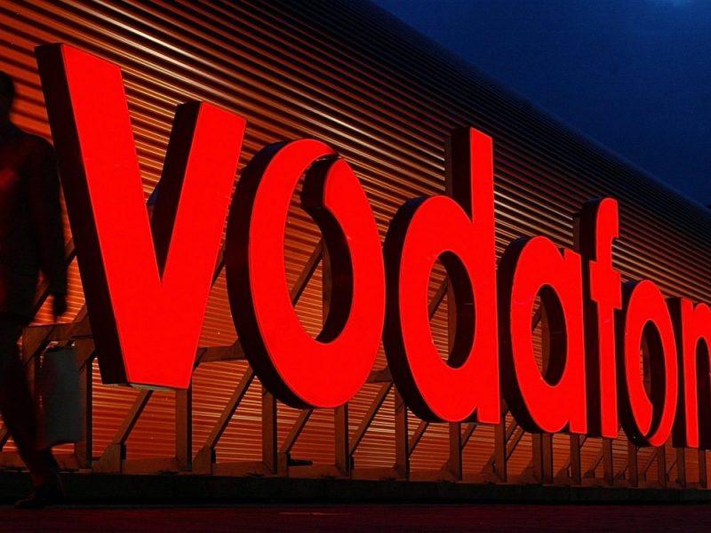 Майже три тижні без «Vodafone Україна» – чи буде український зв'язок на окупованому Донбасі?