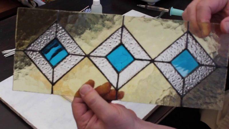 Чернігівська художниця Наталія Кисіль проведе у Покровську авторський майстер-клас з вітражного розпису