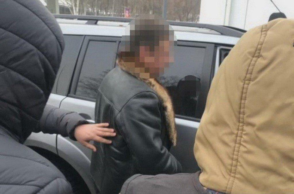 СБУ викрила на хабарі посадовця Держгеокадастру
