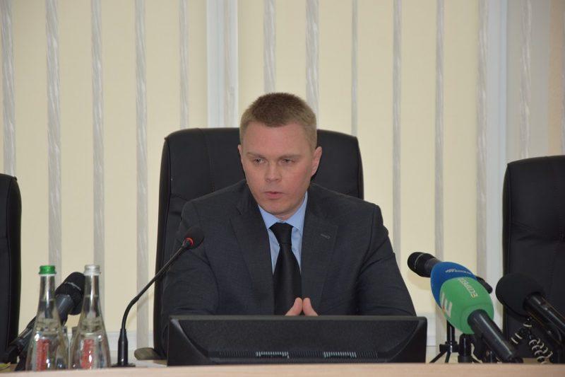 Олександр Куць про корупцію, ремонт доріг, бебі-бокси та грандіозні плани розвитку Донеччини