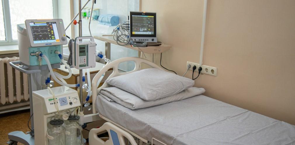 Апарати ШВЛ та меблі отримала Новомосковська лікарня на Дніпропетровщині - Фото №1