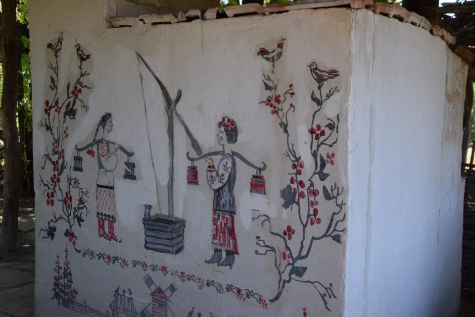 Старовинна будівля в селі Маяки Слов'янського району - Фото №9