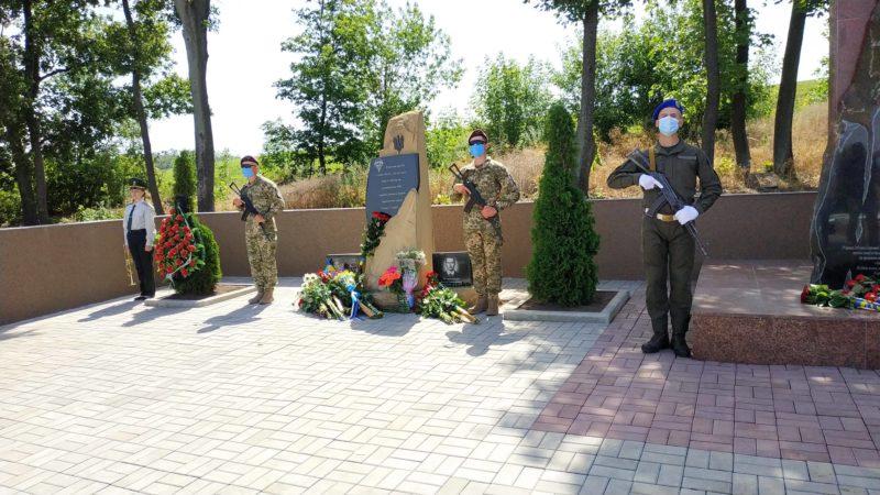 Виставка, присвячена боям за Краматорськ і Слов'янськ, відкриється у Донецькому обласному краєзнавчому музеї