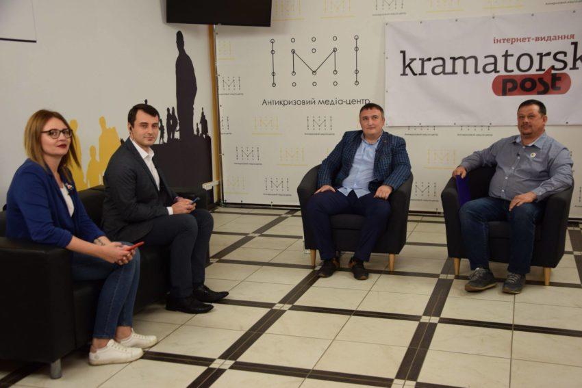 «Європейська Солідарність» та «Батьківщина» – у Краматорську дебатували кандидати у депутати міськради