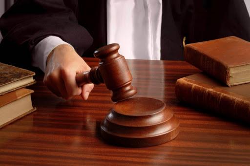 Адміністративна та кримінальна відповідальність: чим регулюється та що передбачає