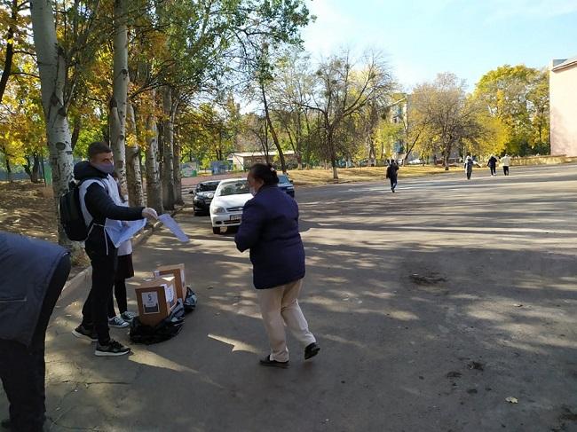 Краматорськ голосує, у першій половині дня людей на дільницях було небагато - Фото №5